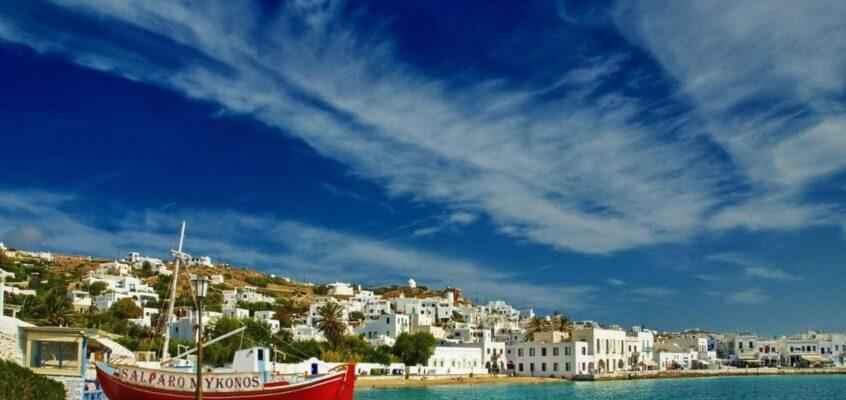 The Best 3-Day Trip to the Greek Island Mykonos!