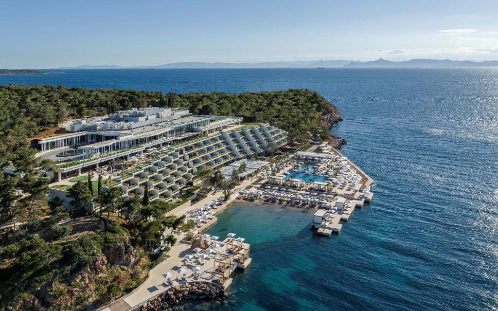 The four seasons hotel vouliagmeni Riviera